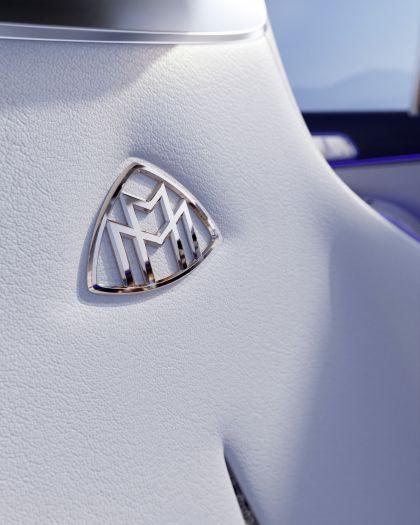 2021 Mercedes-Maybach EQS concept 15