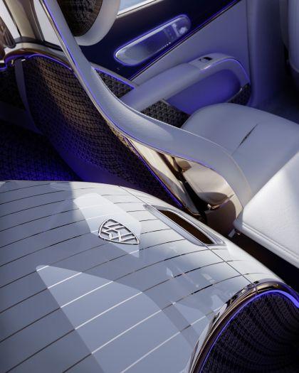 2021 Mercedes-Maybach EQS concept 16