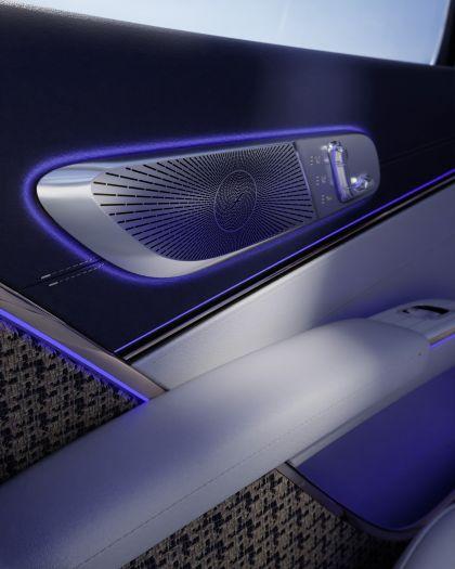 2021 Mercedes-Maybach EQS concept 19