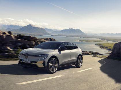 2022 Renault Mégane E-Tech 1