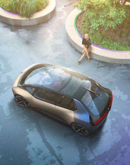 2021 BMW i Vision Circular 7