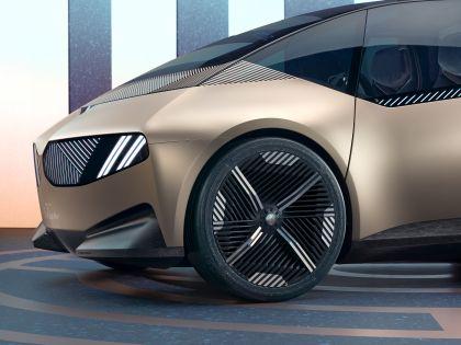 2021 BMW i Vision Circular 26