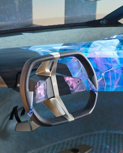 2021 BMW i Vision Circular 33