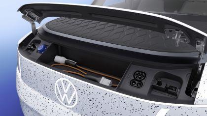 2021 Volkswagen ID. Life concept 12