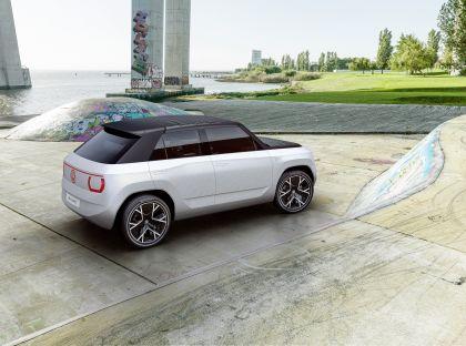 2021 Volkswagen ID. Life concept 14