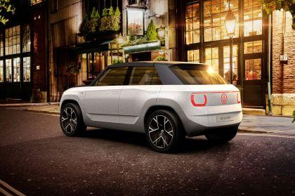 2021 Volkswagen ID. Life concept 17
