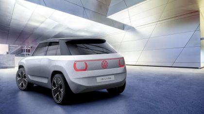 2021 Volkswagen ID. Life concept 21