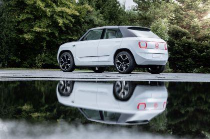 2021 Volkswagen ID. Life concept 43