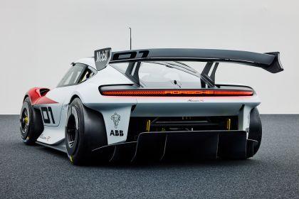 2021 Porsche Mission R concept 8