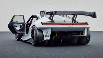 2021 Porsche Mission R concept 9