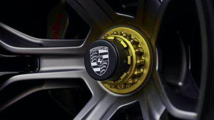 2021 Porsche Mission R concept 25