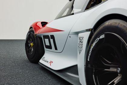 2021 Porsche Mission R concept 36