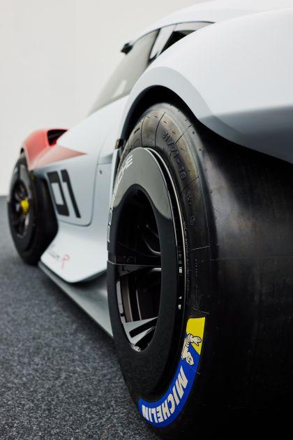 2021 Porsche Mission R concept 38