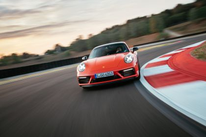 2022 Porsche 911 ( 992 ) Carrera 4 GTS 5
