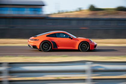 2022 Porsche 911 ( 992 ) Carrera 4 GTS 29