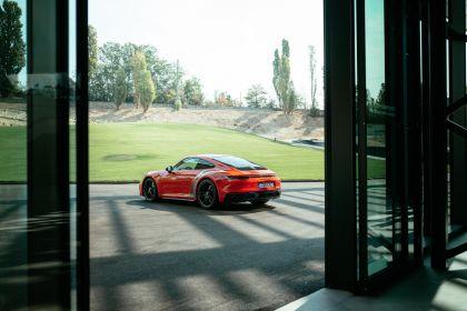2022 Porsche 911 ( 992 ) Carrera 4 GTS 39