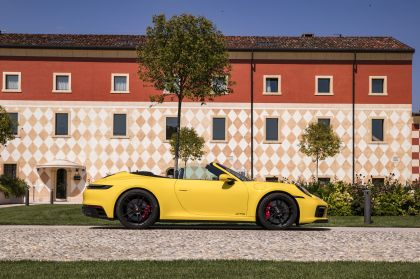 2022 Porsche 911 ( 992 ) Carrera GTS cabriolet 18