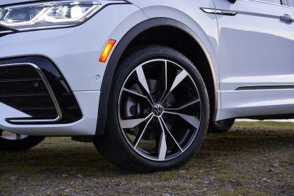 2022 Volkswagen Tiguan SEL R-Line - USA version 50