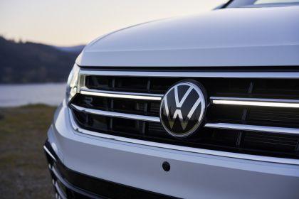 2022 Volkswagen Tiguan SEL R-Line - USA version 53