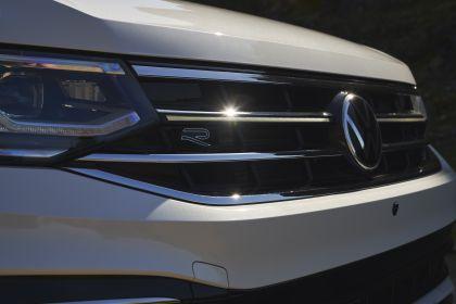 2022 Volkswagen Tiguan SEL R-Line - USA version 56
