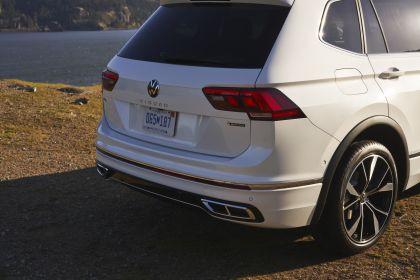 2022 Volkswagen Tiguan SEL R-Line - USA version 65