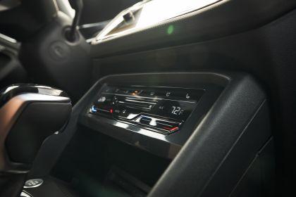 2022 Volkswagen Tiguan SEL R-Line - USA version 110