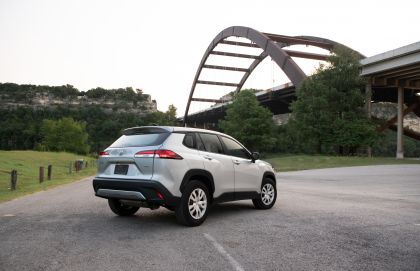 2022 Toyota Corolla Cross L - USA version 4