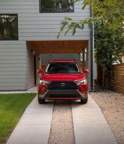 2022 Toyota Corolla Cross LE - USA version 6