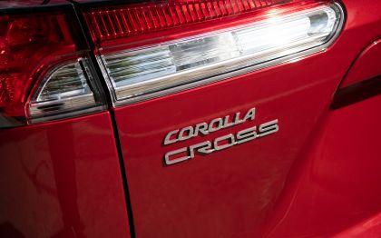 2022 Toyota Corolla Cross LE - USA version 34