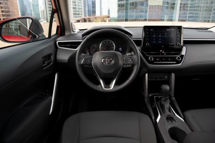2022 Toyota Corolla Cross LE - USA version 46