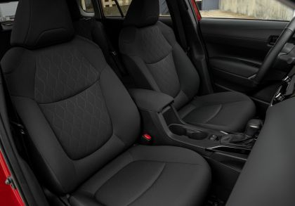 2022 Toyota Corolla Cross LE - USA version 58