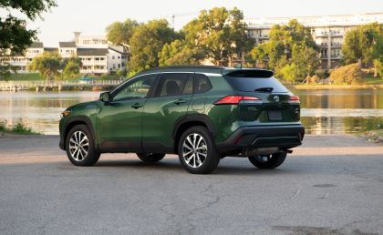 2022 Toyota Corolla Cross XLE - USA version 32