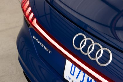 2021 Audi e-tron GT quattro - USA version 17
