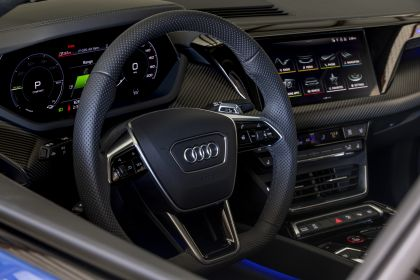2021 Audi e-tron GT quattro - USA version 20