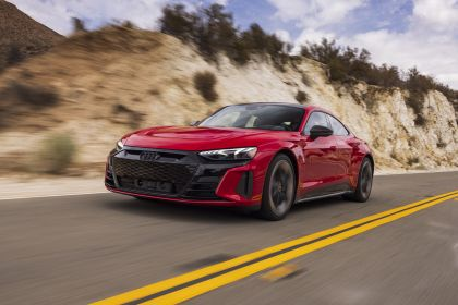 2021 Audi RS e-tron GT - USA version 5