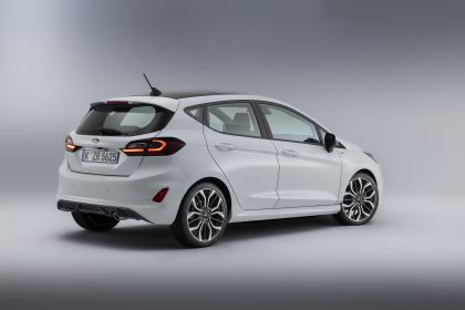 2021 Ford Fiesta ST Line 2
