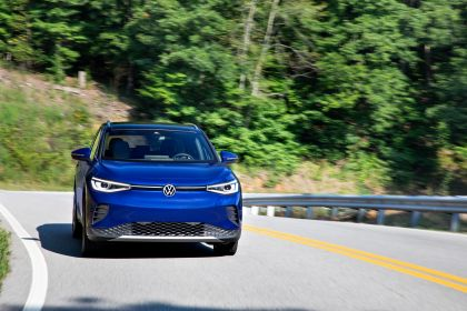 2022 Volkswagen ID.4 AWD Pro S with Gradient Package - USA version 10