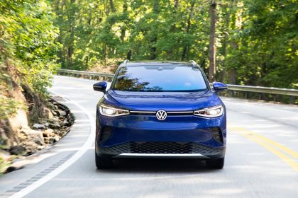 2022 Volkswagen ID.4 AWD Pro S with Gradient Package - USA version 15