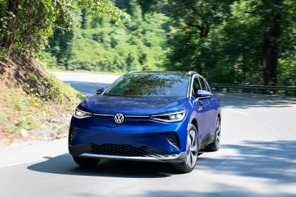 2022 Volkswagen ID.4 AWD Pro S with Gradient Package - USA version 16