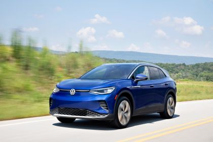 2022 Volkswagen ID.4 AWD Pro S with Gradient Package - USA version 18