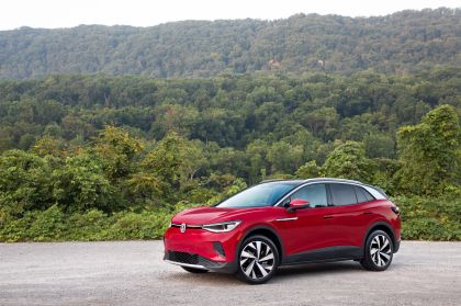 2022 Volkswagen ID.4 AWD Pro S with Gradient Package - USA version 98