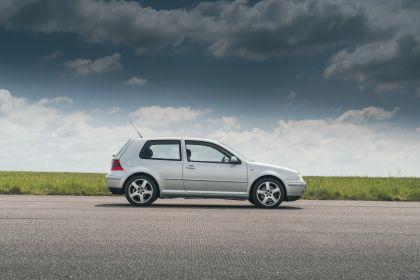 1998 Volkswagen Golf ( IV ) GTI 3-door - UK version 2