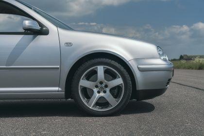 1998 Volkswagen Golf ( IV ) GTI 3-door - UK version 14