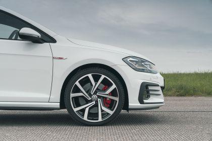 2017 Volkswagen Golf ( VII ) GTI 3-door Performance - UK version 6