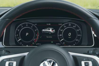 2017 Volkswagen Golf ( VII ) GTI 3-door Performance - UK version 12