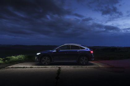 2021 Audi Q5 Sportback - UK version 23