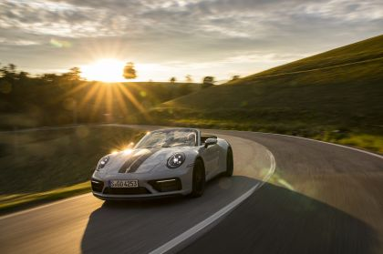 2022 Porsche 911 ( 992 ) Carrera 4 GTS cabriolet 3