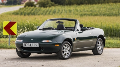 1995 Mazda MX-5 1.8 - UK version 7