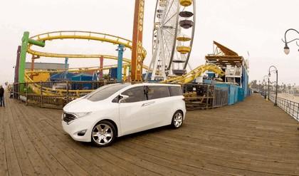 2008 Nissan Forum concept 12