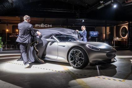 2024 Piëch GT 8